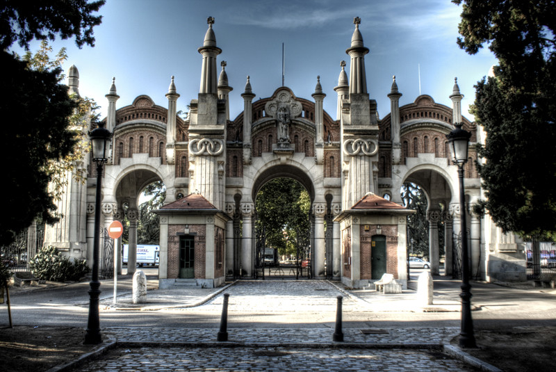 Almudena Cemetery Entrance Madrid Entrada Al Cementerio