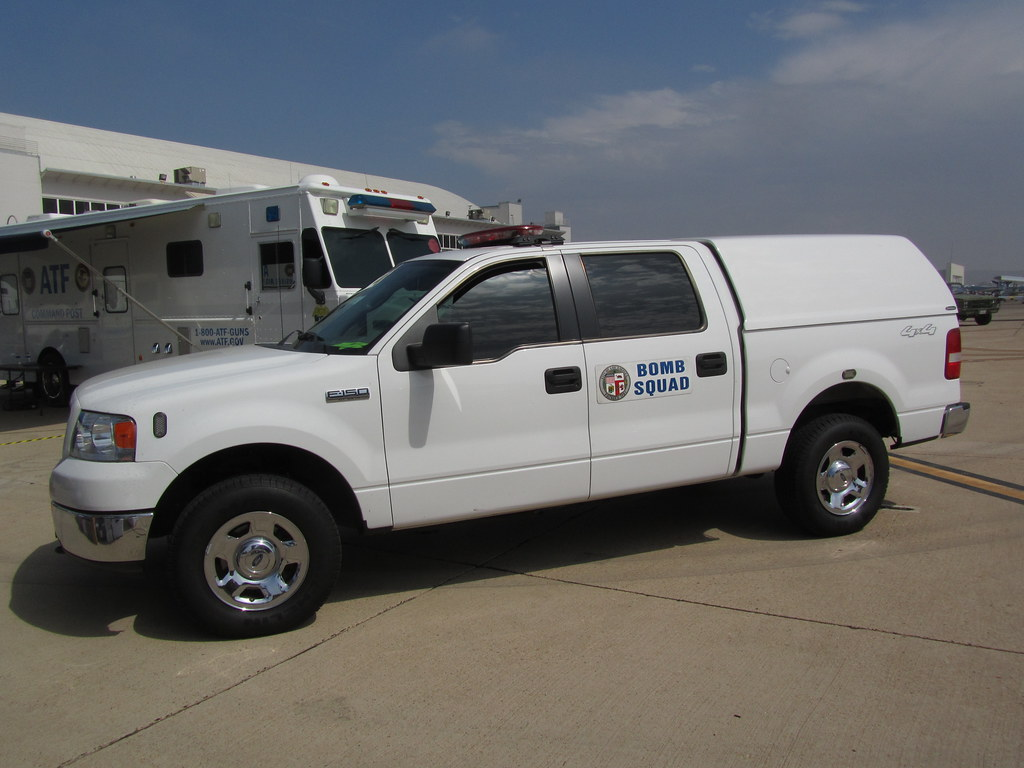 LAPD Bomb Squad Ford F150 4x4 | LAPD | MR38. | Flickr