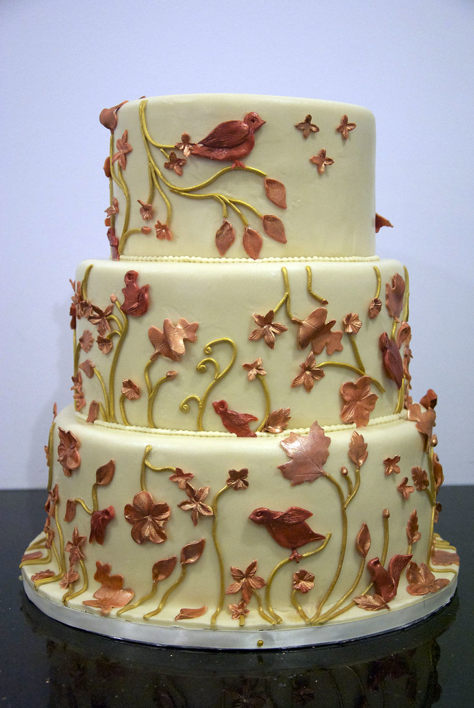 autumn square wedding cakes w9080 fall leaf wedding cake w9080 this ivory 10897