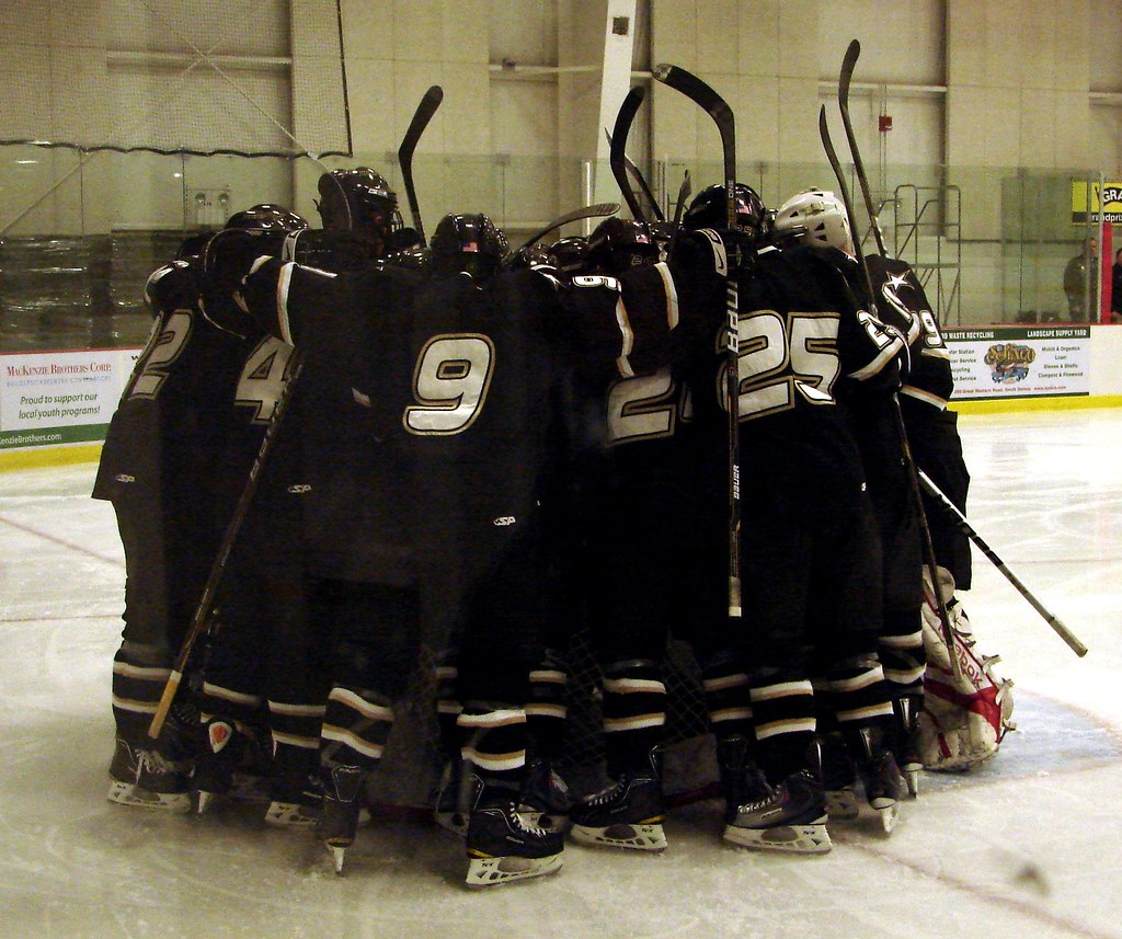 Photo Gallery: Army Black Knights @ UConn men's hockey ... |Army Black Knights Hockey