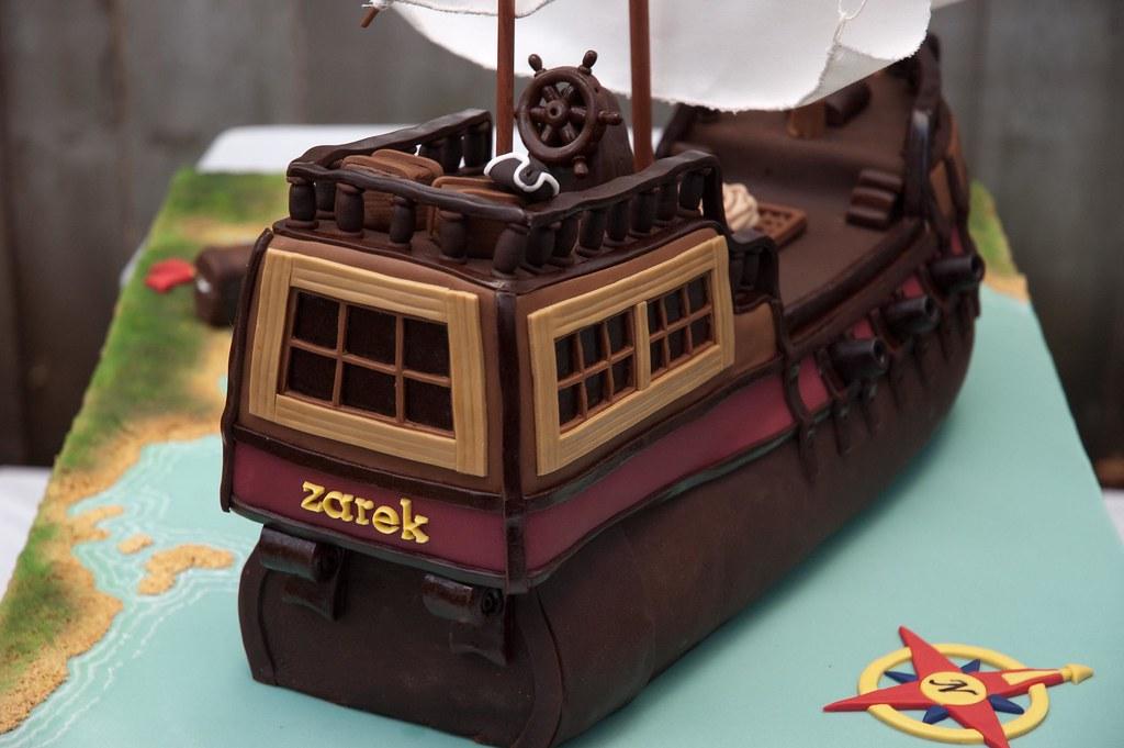 Simple Pirate Ship Cake