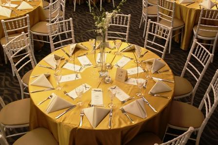 Table Setting In Gold Ivory Beautifully Decorated Table Flickr - Catering table setting