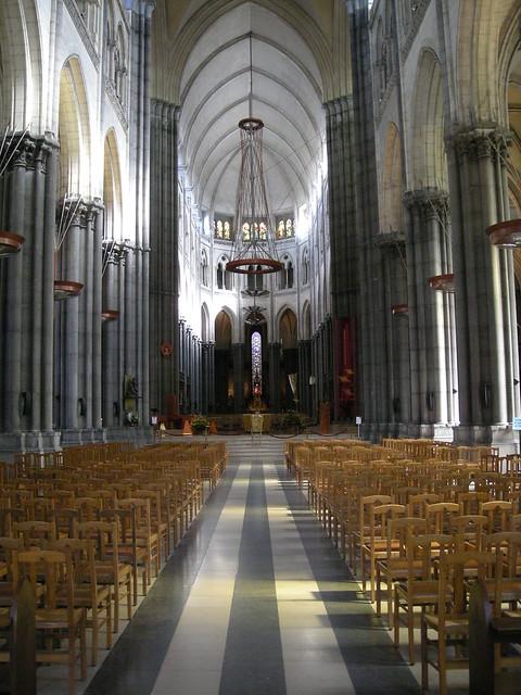 Nef de la basilique cath drale notre dame de la treille de - Eglise notre dame de la treille lille ...