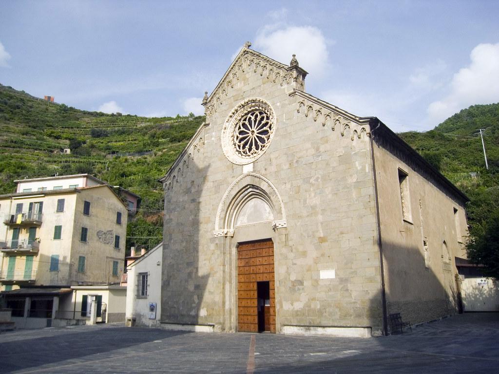 San Lorenzo. L'église du village.