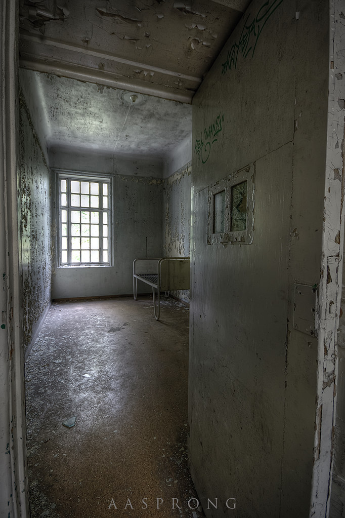 The White Room - L Mental Hospital | Aasprong Photography | Flickr