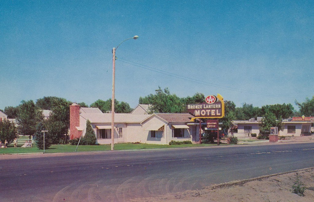 Bronze Lantern Motel - Yuma, Colorado