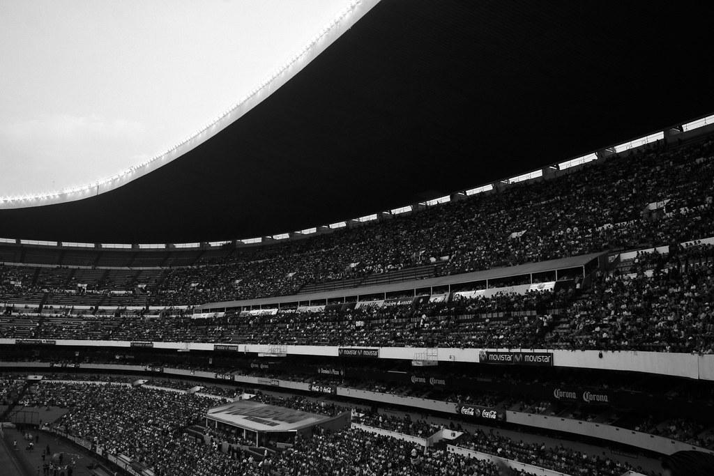 Cuando era ni o y conoc el estadio azteca estadio for Puerta 1 estadio azteca