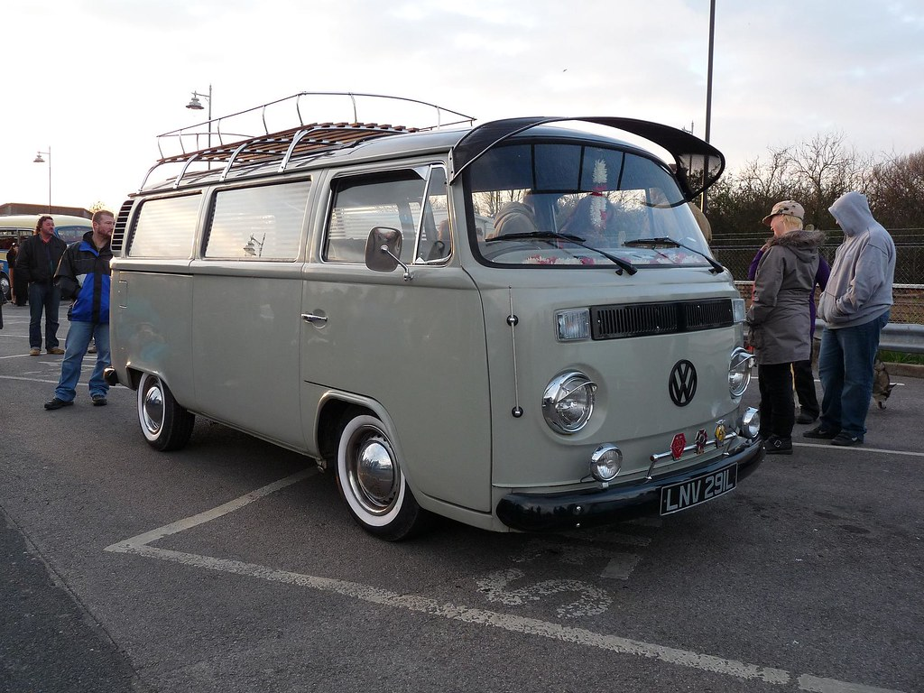 vw volkswagen bus rhythm riot 2010 camber to rye cruise. Black Bedroom Furniture Sets. Home Design Ideas