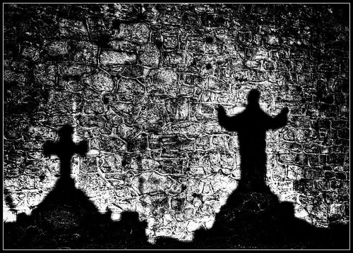 Shadows of the tombs | by bestarns [www.spiritofdecay.com]