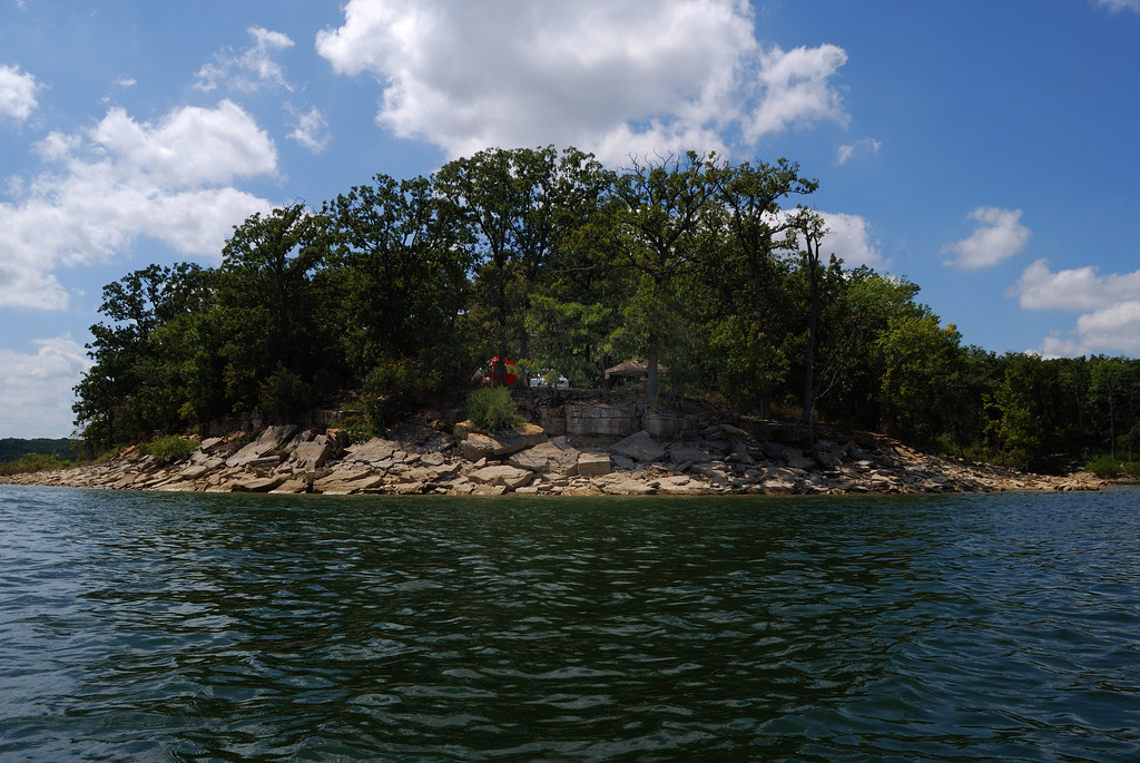 Camping at hawker point stockton lake missouri this for Stockton lake fishing report