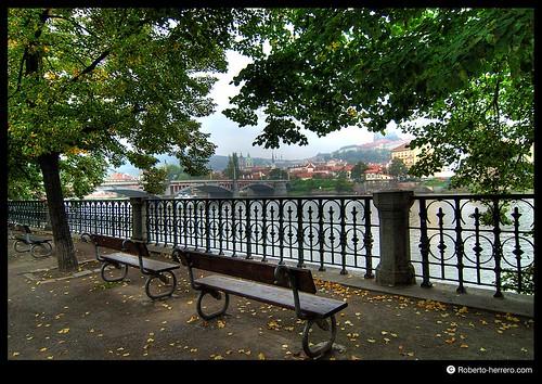 Park prague czech republic roberto herrero flickr - Roberto herrero ...