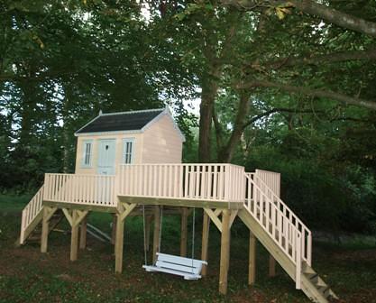 Raised platform playhouse
