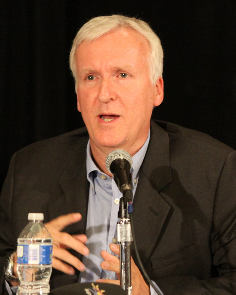 James Cameron: James Cameron: Hollywood Director Of Titanic And Avatar Me