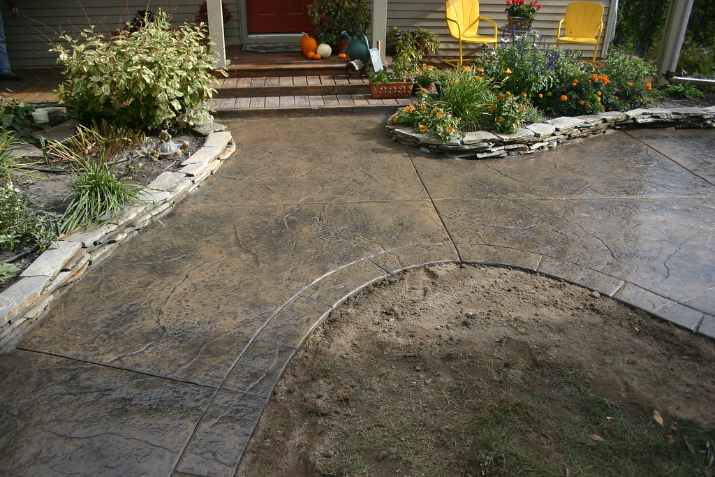 how to get spray paint off concrete driveway