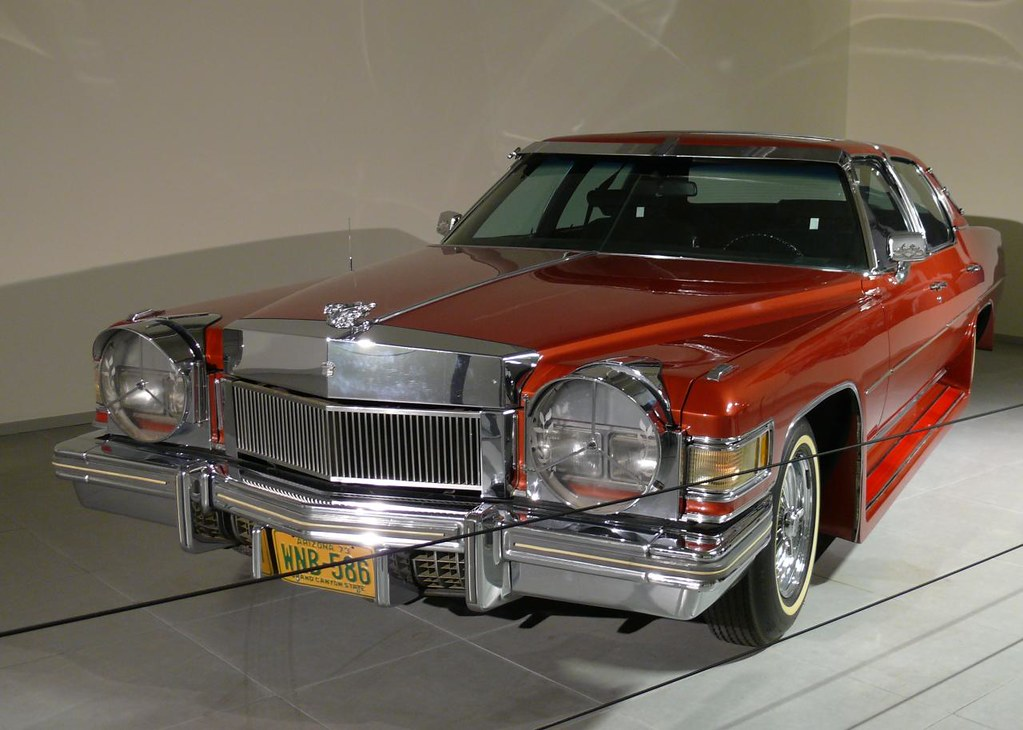 Cadillac Fleetwood Red Vl Owned By Elvis Presley 1976 Flickr