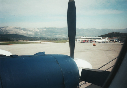 how to get from split port to airport
