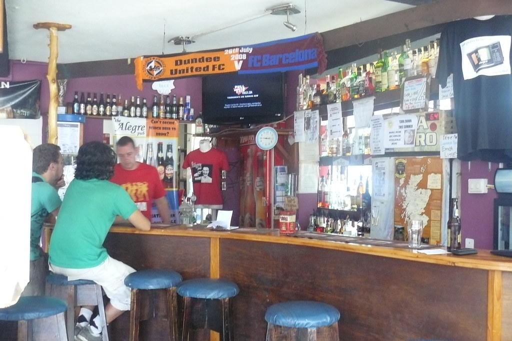 Pub In Laguna Beach