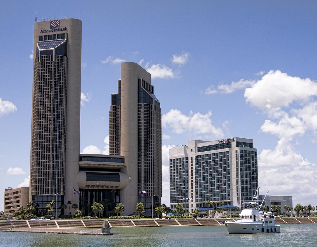 Corpus Christi Bayfront  One Shoreline Plaza in downtown Co…  Flickr