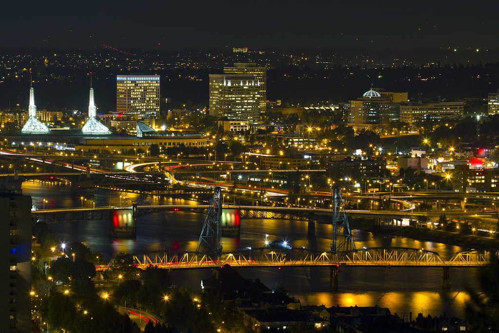 Bridges of portland oregon at night please click here to - Camera world portland ...
