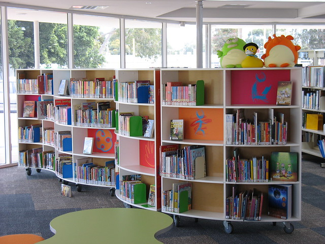 New Curved Shelves In Children S Library Coolbellup