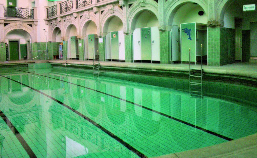 The Baerwaldbad - Conservation of a Public Bath House through Vocational Training, Berlin GERMANY (Grand Prix)