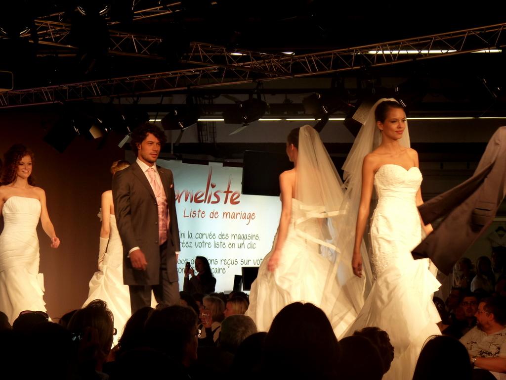 Salon du mariage salon du mariage et du pacs 2010 porte flickr - Salon du mariage biganos ...