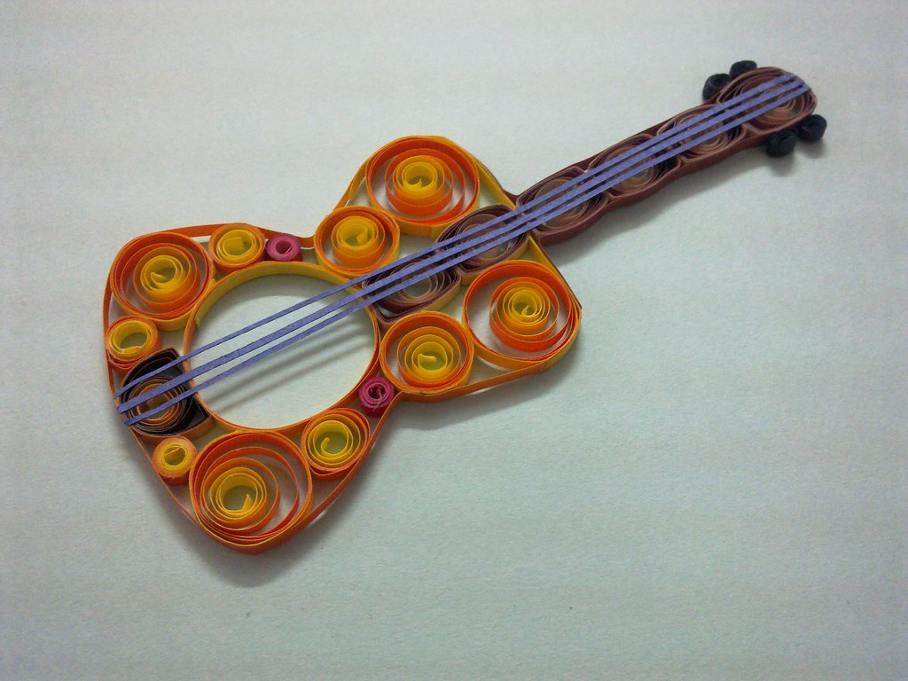 Quilled guitar quilled guitar nancy kant flickr for Quilling how to