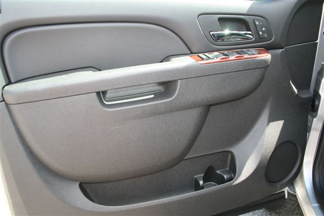 Drivers Door In The All New 2011 Gmc Sierra 3500hd Dually