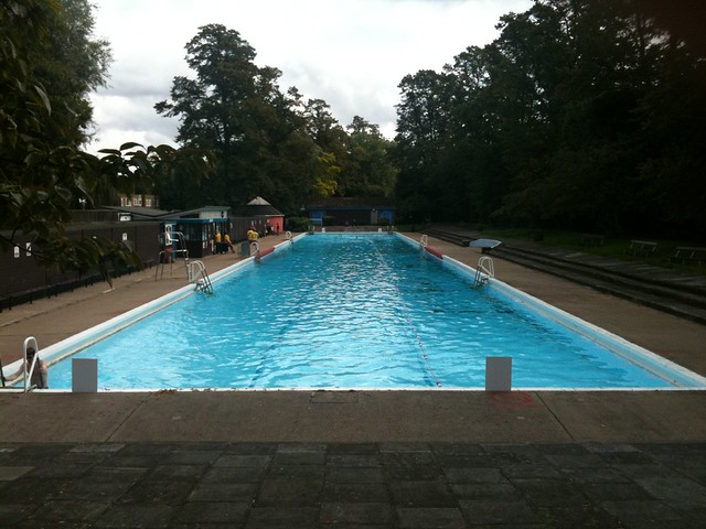 Jesus green swimming pool 100 yards long unheated flickr photo sharing for Jesus green swimming pool cambridge