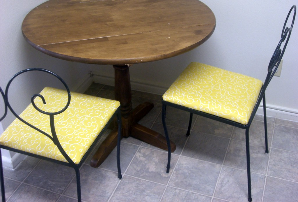 Sunny Yellow Kitchen Chairs Some Chairs I Re Upholstered F