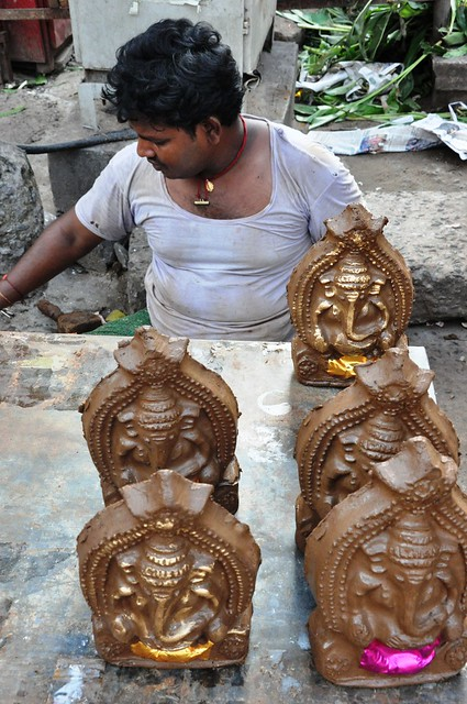 Mud Ganesh Statues | On the final day of the Ganesh ...