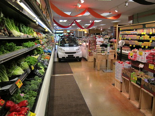 smart fortwo electric drive shopping - Ancona's Market in Ridgefield, Conn | by smartUSAFlickr