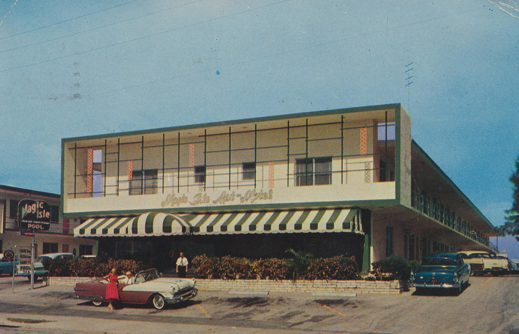 Magic Isle Motel - Miami Beach, Florida