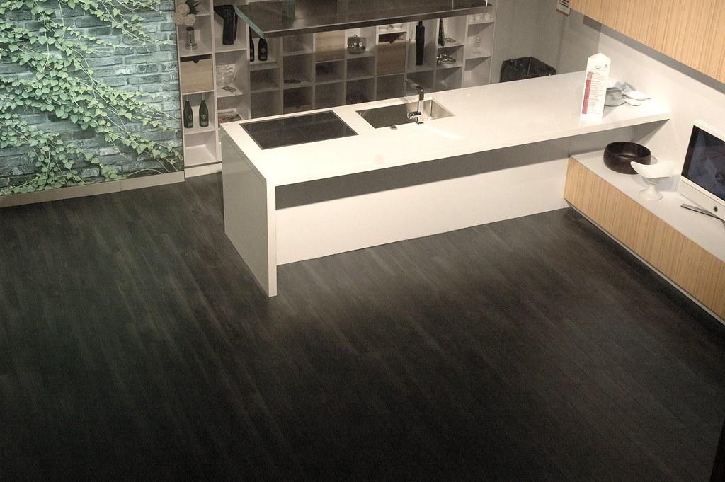 Area pavimenti casa moderna 2010 snaidero code con - Pavimenti casa moderna ...