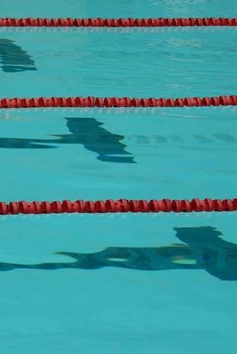 Lignes d 39 eau de la piscine bruno flickr for Nettoyer ligne d eau piscine