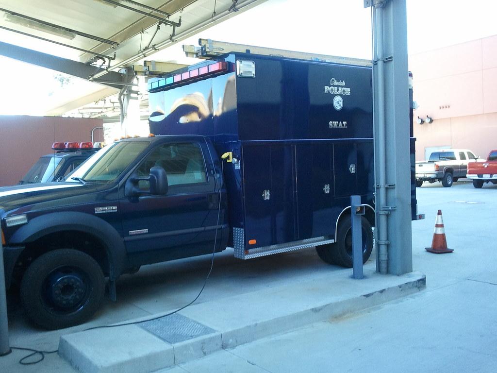 Swat vehicle glendale police department glendale californ for Department of motor vehicles glendale ca