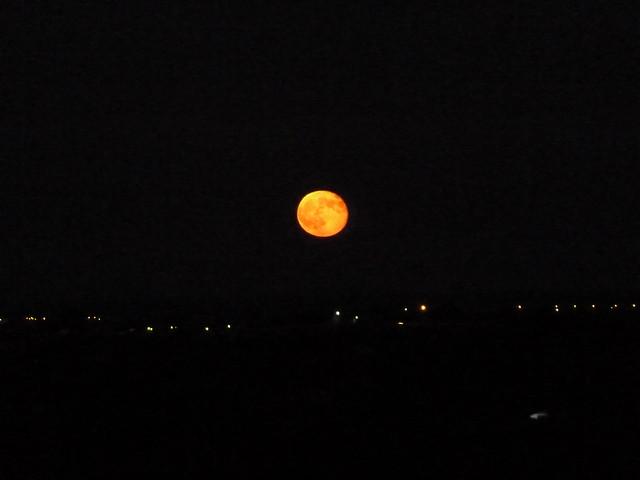 la lluna vermella