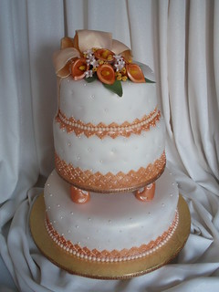 Cake Art N R Colony : Wedding Cake This is a 3 tiers cake: 12