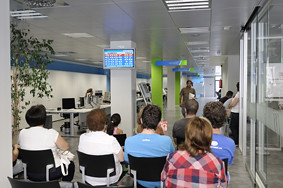 Oficina de treball d 39 esplugues de llobregat aquesta nova for Oficinas soc barcelona