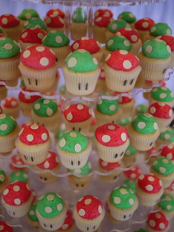 Mushroom Decorations For Cakes