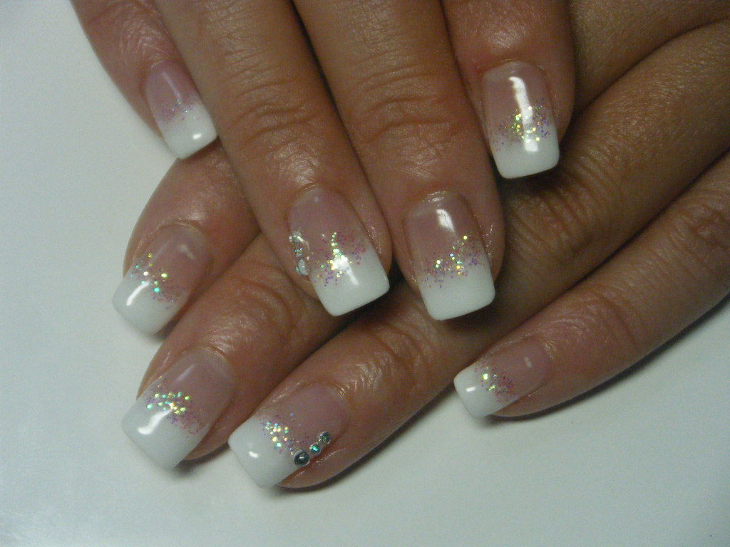 Gen Nail White fading effect | Negril Nail Art | Flickr