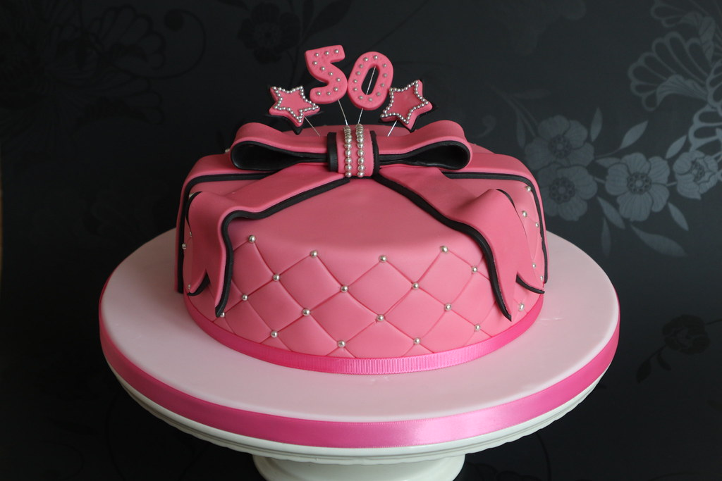 Pink And Black 50th Birthday Cake I Was Asked To Make A Ca Flickr