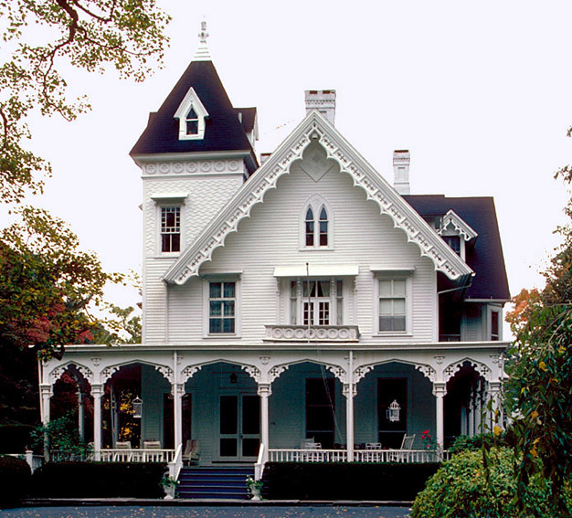 Bulkeley house southport ct steamboat gothic for Building a victorian house