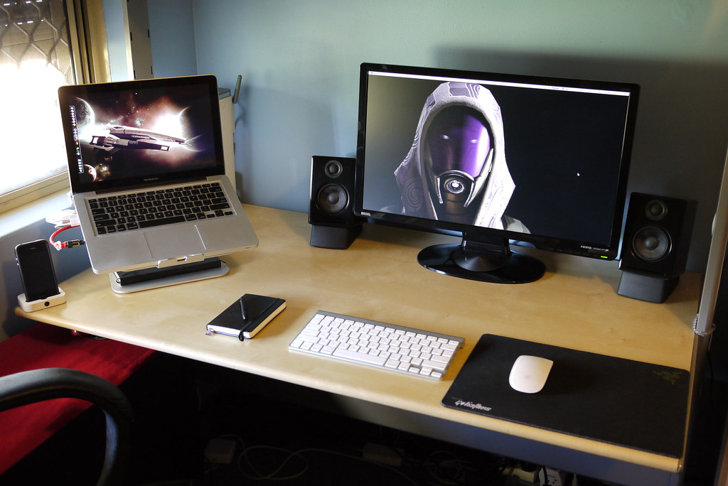 Mac setup 19 11 2010 and now for something completel flickr - Top office ordinateur portable ...