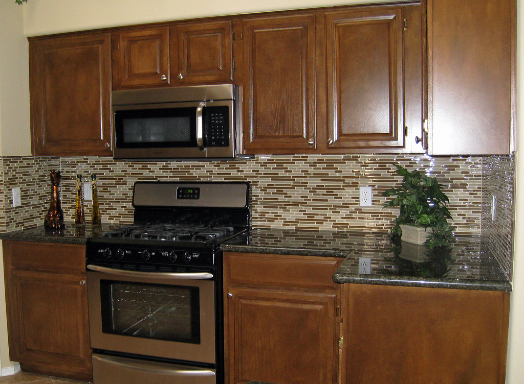 Tile Backsplash Pictures White Cabinets