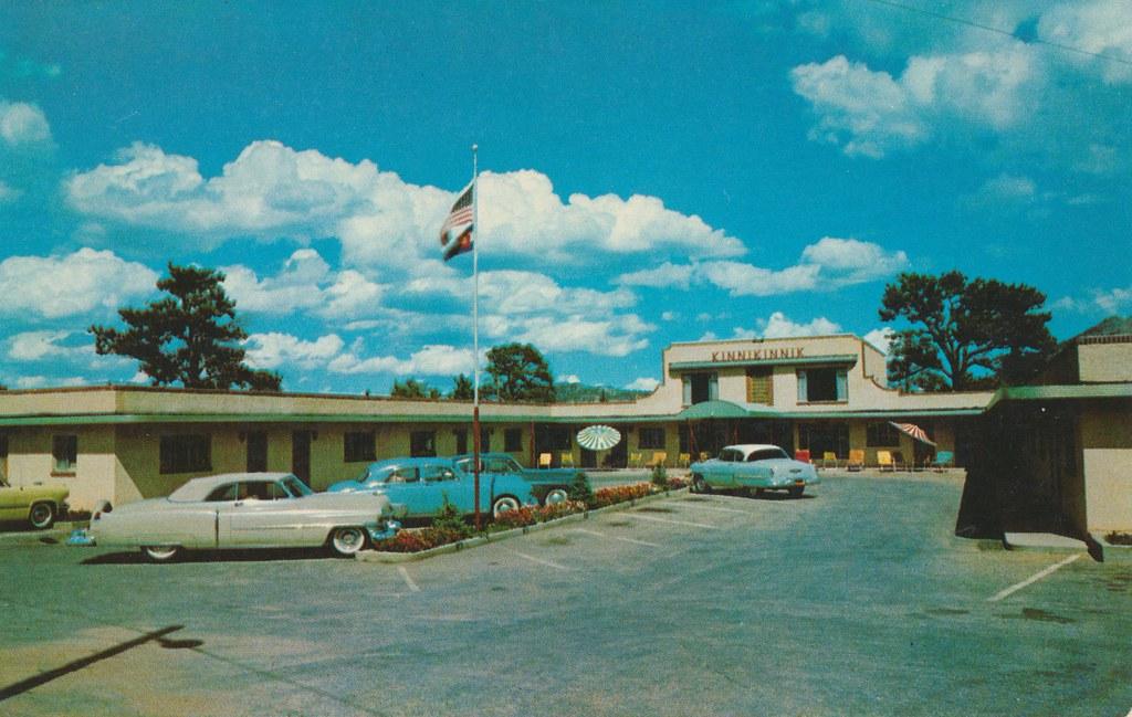 Kinnikinnik Motor Hotel - Estes Park, Colorado