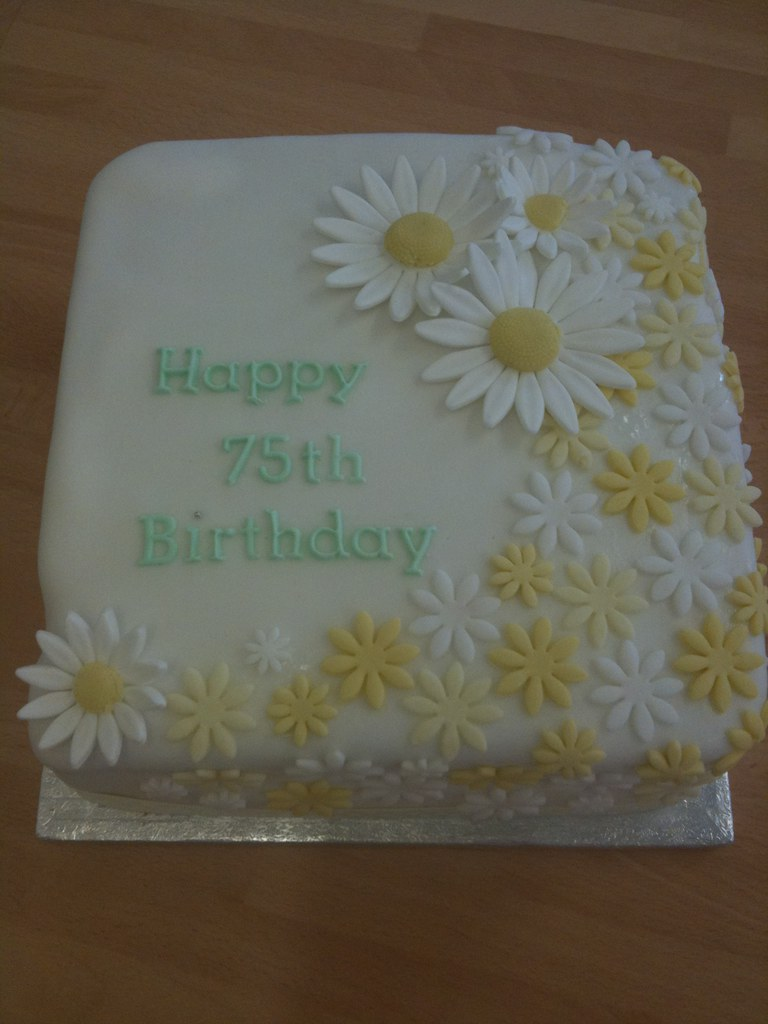 75th Birthday Daisy Cake 75th Birthday Cake For A Lovely