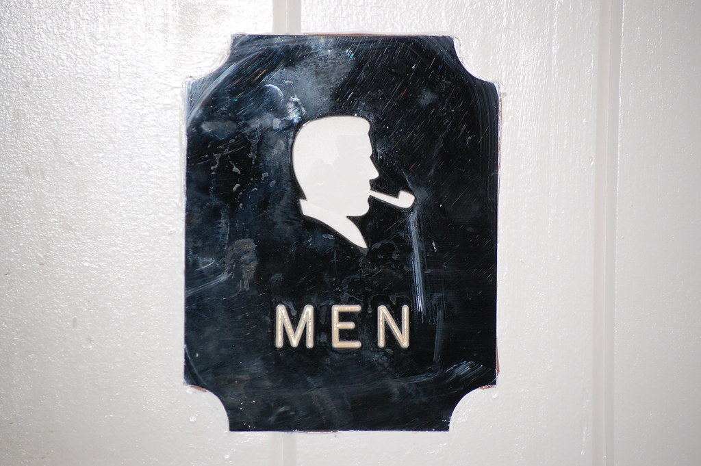 Men S Room Figiure High Five
