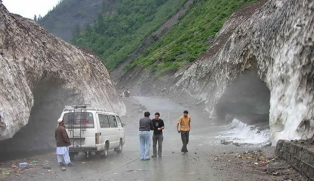 Sangar Lake Naran Pakistan, 4,115 meters 13,512