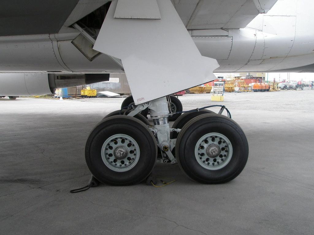 First Air Boeing 767 Landing Gear Plane Has Grand Total